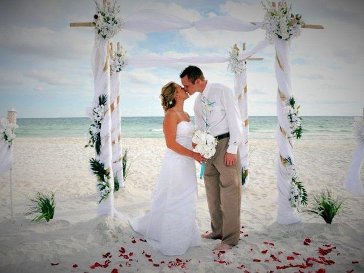 Tmx 1527547290 81cacd78a498d657 1527547289 B4a2d5d9b6d45cf8 1527550874550 3 20180501 205253 1 Pinellas Park wedding planner