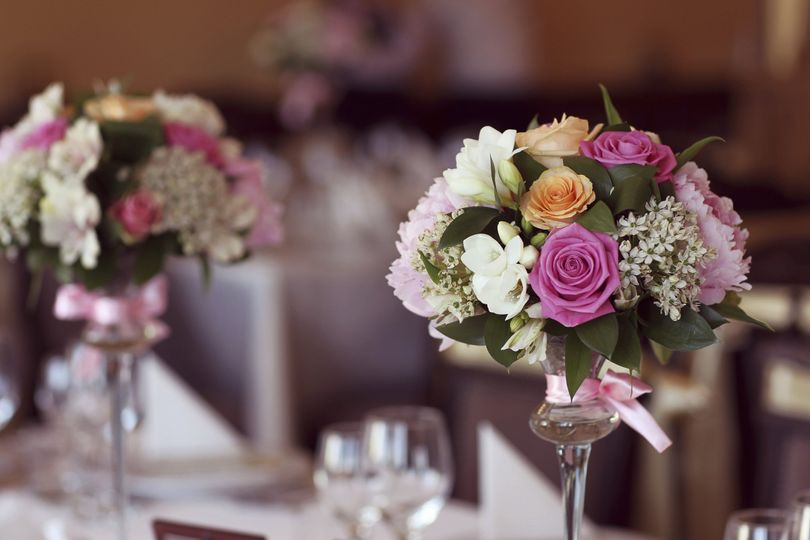 800x800 1499787990663 wedding flowers