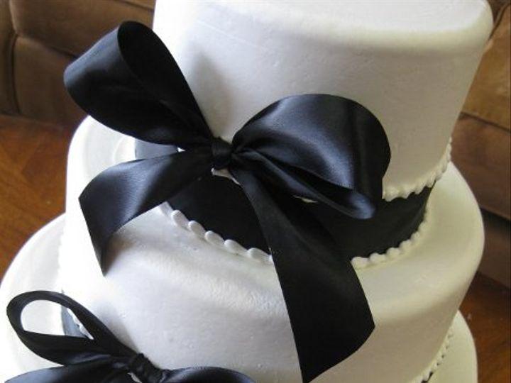 Tmx 1232332612375 Ribbons%26Bows%281%29 Costa Mesa wedding cake
