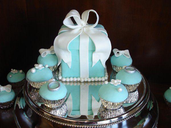 Tmx 1232332728140 TiffanyBOx%26Cupcakes Costa Mesa wedding cake