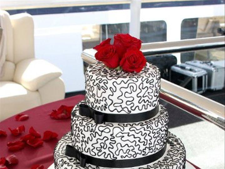 Tmx 1242517439228 WeddingCakeRichardHorton.jpg Costa Mesa wedding cake