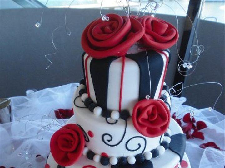 Tmx 1242517931869 MadhatterBlackRed.jpg6 Costa Mesa wedding cake