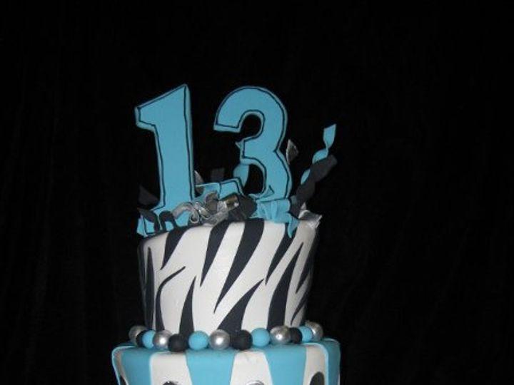 Tmx 1242518009712 MadhatterTuruoiseBlkWhite.jpg Costa Mesa wedding cake
