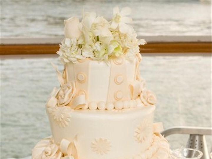 Tmx 1258950161639 Wedding018 Costa Mesa wedding cake