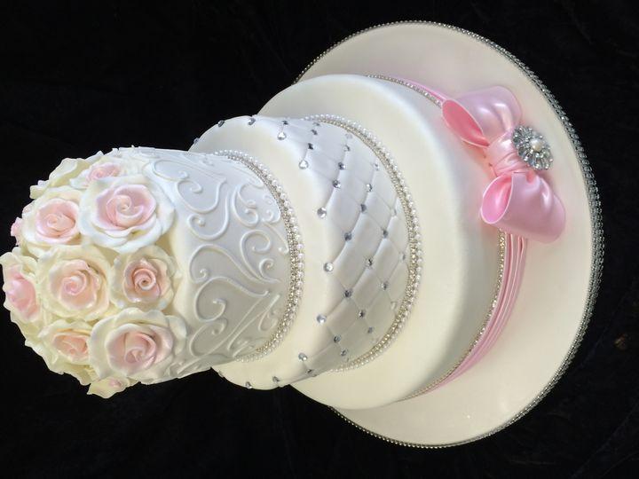 Tmx 1415161993993 Wedding 2014 Quilted Fondant Bow 9 Costa Mesa wedding cake