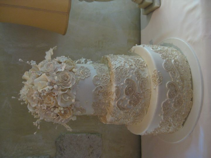 Tmx 1415162034758 Wedding Fondant Overlays Gumpaste 5 Costa Mesa wedding cake