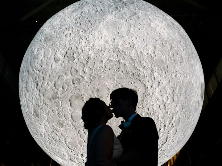 Tmx Couple Moon 51 300054 160625515926035 San Francisco, CA wedding venue