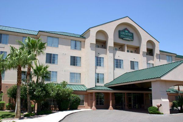 Exterior view of the Country Inn & Suites by Radisson, Mesa, AZ