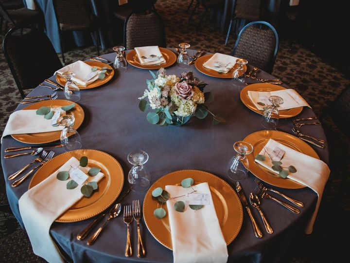 Tmx Tablewithchargers 51 32054 157678812293402 Trego, WI wedding venue
