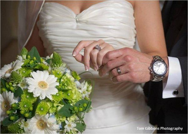 Tmx 1327349592577 25678f6a1696462885927167bc60fd68 Hudson wedding florist