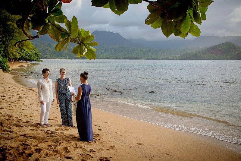 puu poa beach wedding julie mary laurie