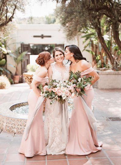 Bride + Bridesmaids Floral