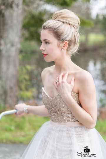Fun and flirty bridal makeup artistry by Savannah Rae Beauty.