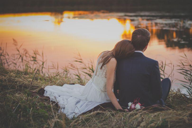 bride couple groom 70737 51 652154 1555784093