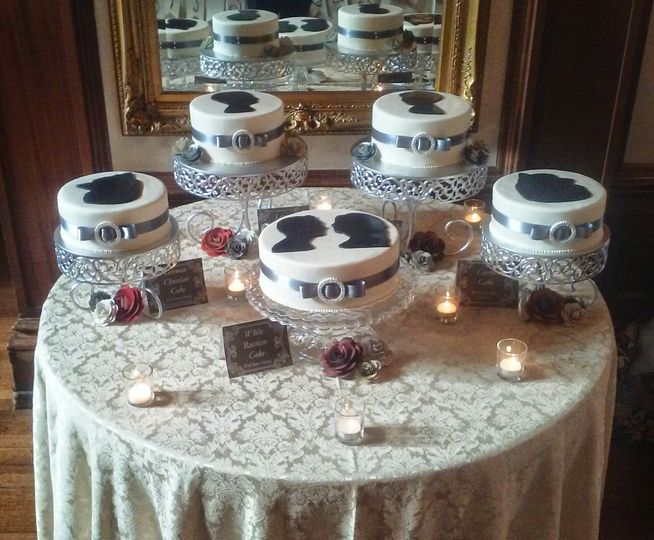 Single wedding cakes