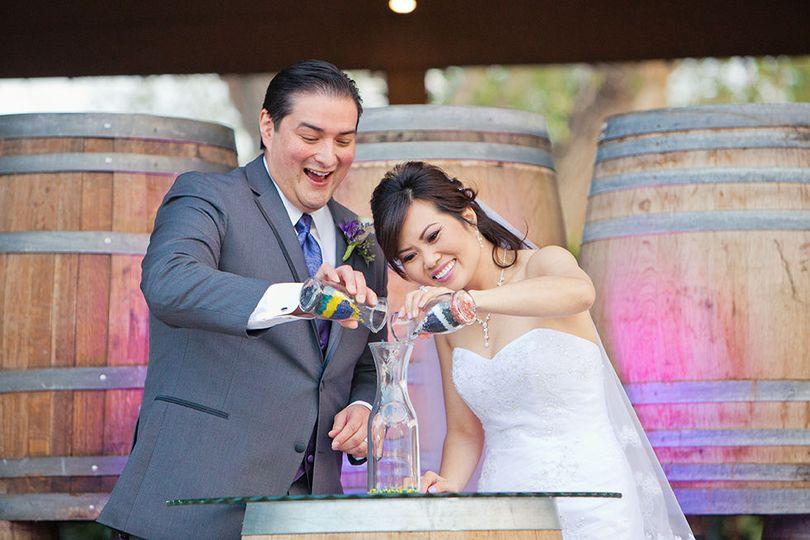 7796ccdeec123f64 1518582440 2f61a3a827b44891 1518582440176 20 Vicky JL wedding