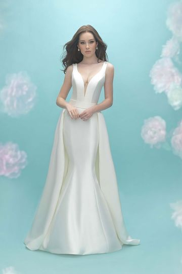 51d55025134 Allure Bridals 9451T Style your gown with a dramatic detachable train for  altar-worthy drama