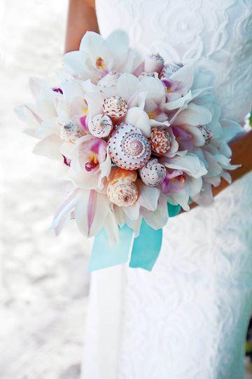 e7f556d31895a2ad bouquets