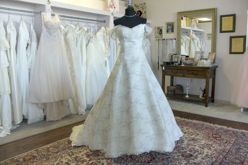 Merryrose Bridal And Alterations Dress Attire