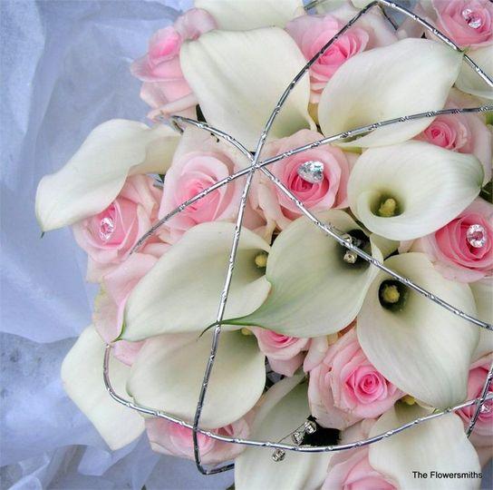 mixed callas and roses