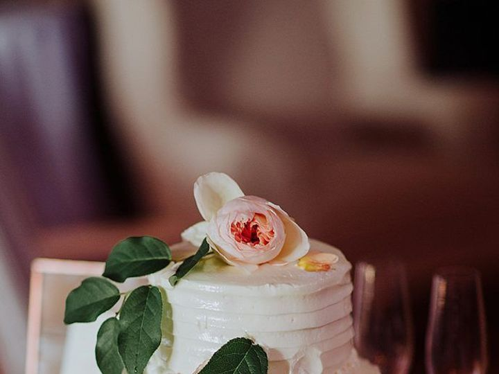 Tmx 1516035282 0c02631534fd7acc 1516035249 82a42c7486f744cd 1516035245935 4 0114 Riverside On  Bethesda, District Of Columbia wedding florist