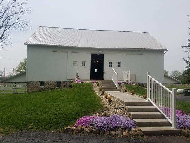 Historic Barn at Scarlet Oaks
