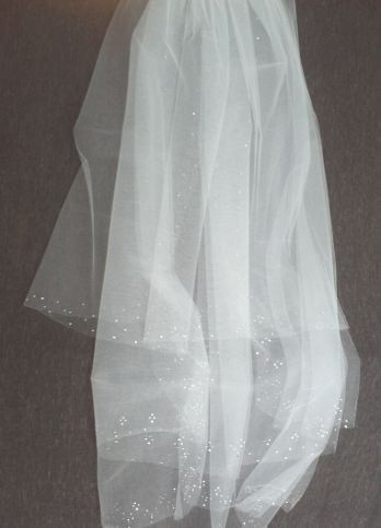 Rhinestone Patterned veil. 