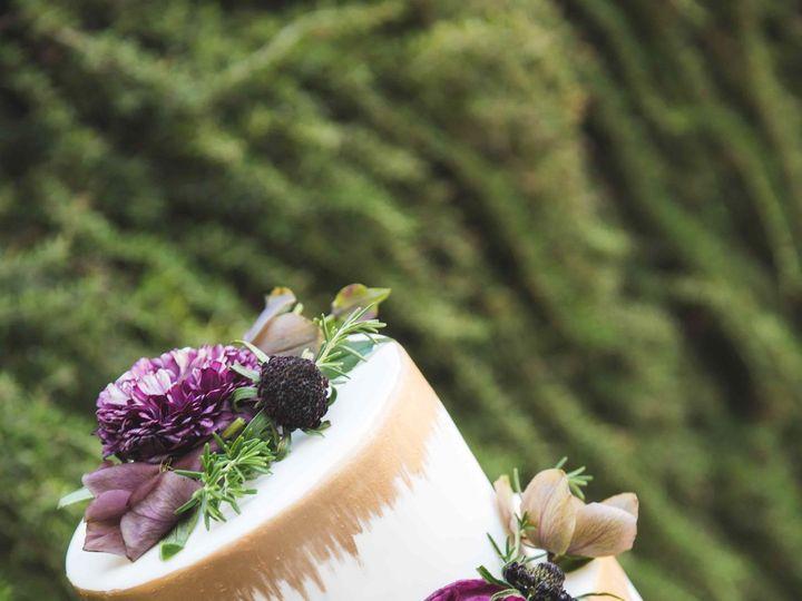 Tmx 1521606927 C75124eead146a33 1521606925 1f678e0c1bbd2c17 1521606924011 3 CC4.27.2017 52 Tan Nipomo, CA wedding cake