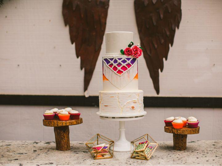 Tmx Juliaelliot 0253 51 966254 Nipomo, CA wedding cake