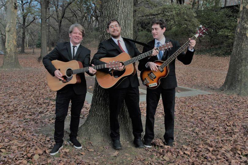 Troubadours Trio