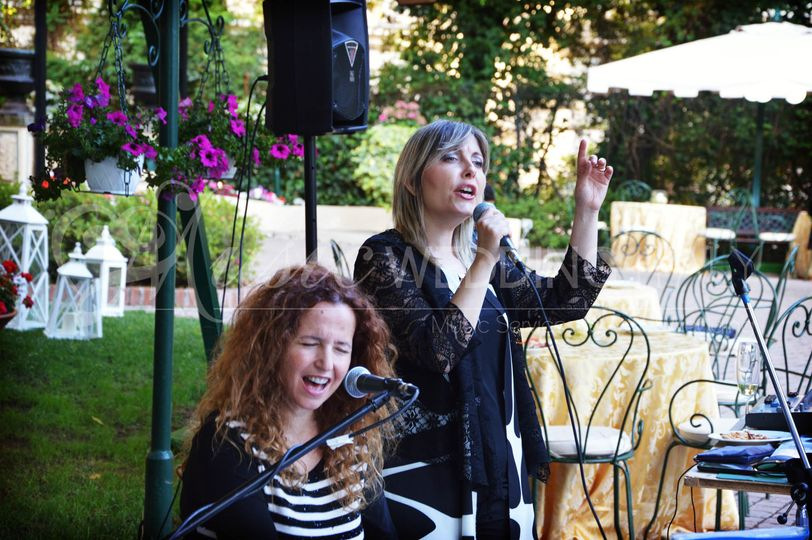 Wedding piano and singer DUO