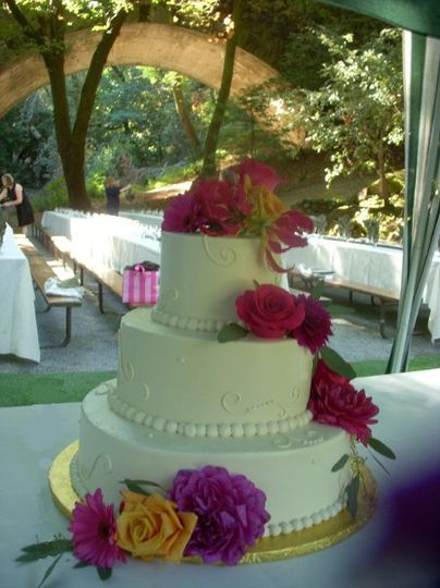 800x800 1288390130359 weddingcakebridgeps
