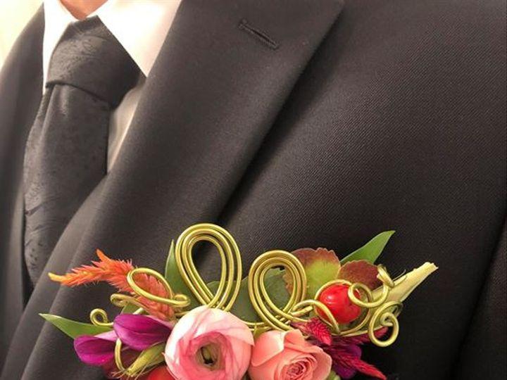 Tmx Pocket Square 2 51 727354 159768562588008 Raleigh, NC wedding florist