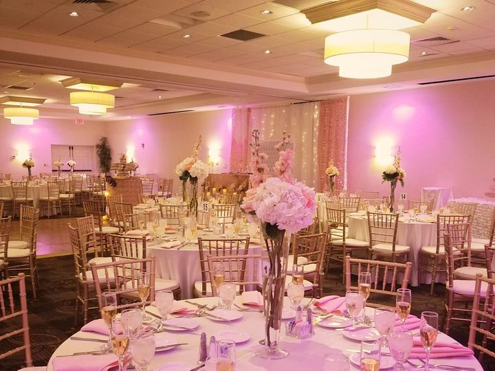 Tmx 1522674100 3512103e51ee7e62 1522674097 2b01918a5ace003c 1522674078260 9 Pink And Gold Wedd Woburn, MA wedding venue