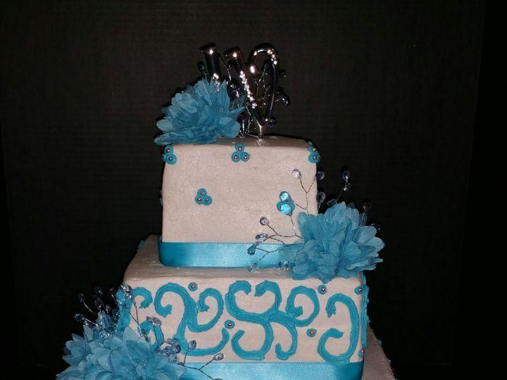 Tmx 1515430643 31cdbd39f9c49c53 1515430639 6293970bcf12befc 1515430442711 10 20160212 191701 1 Fayetteville, NC wedding cake