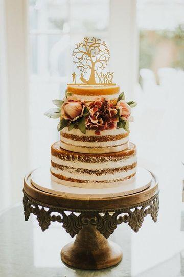 b4ed4b23e8f10f04 sarah cake 2
