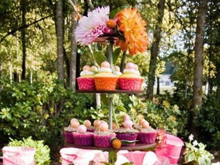 Tmx 1343970478152 Cakestandrental Bend wedding planner