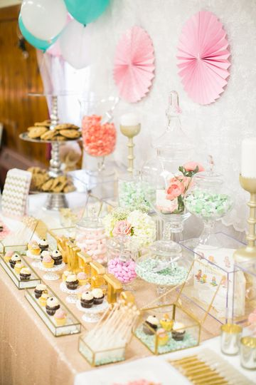 Truly Scrumptious Candy & Dessert Bars