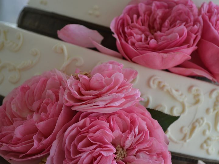 Tmx 1377755009993 20110612 Todd And Caitlin 143 20130328 193204 Utc Kirkland, Washington wedding florist