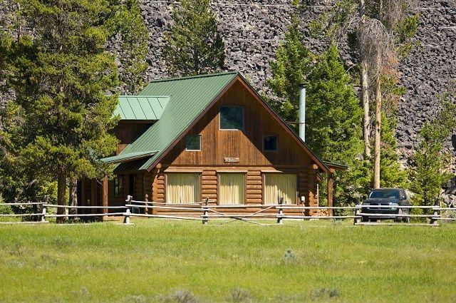 Chalet Cabin