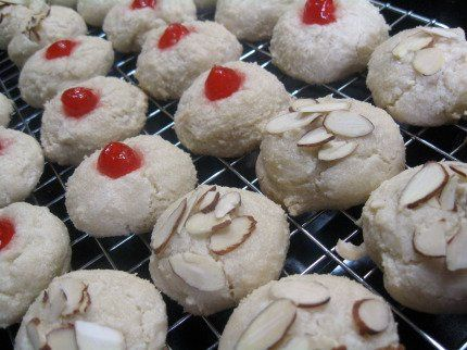 Tmx 1296777341624 AlmondCookie6 Norfolk wedding catering