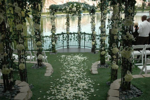 Lakeside weddings and events venue las vegas nv for Las vegas wedding reception packages