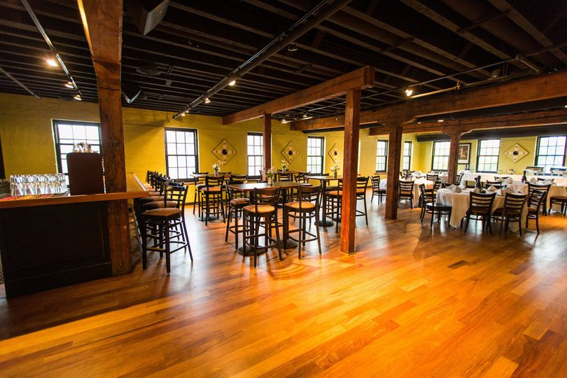 bar dining 0021