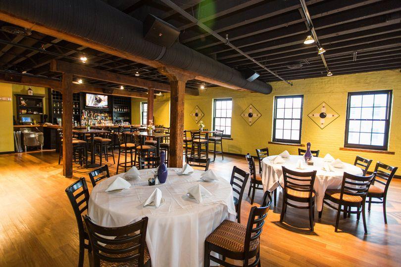 bar dining 0023