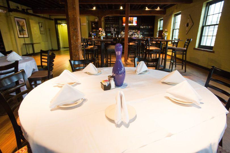 bar dining 0029
