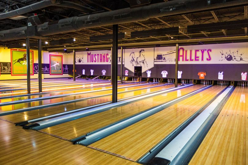 Mustang Alley S Bar Bowling Amp Bistro Venue Baltimore