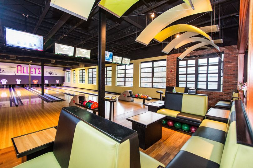 bowling alley 0042