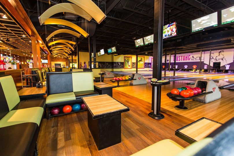 bowling alley 0043