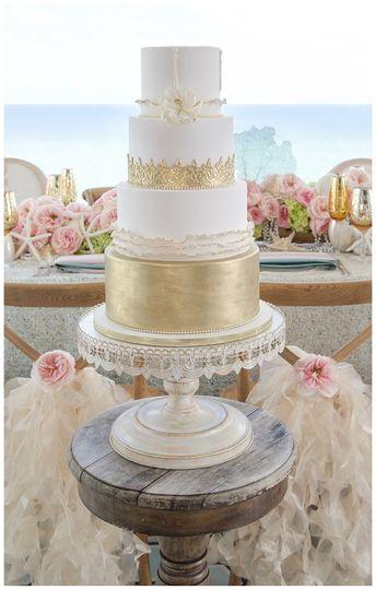 elegant temptations wedding cake hialeah gardens fl weddingwire. Black Bedroom Furniture Sets. Home Design Ideas