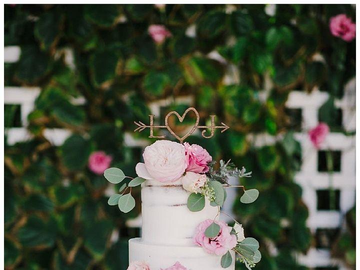 Tmx 1496937230903 Miami Custom Wedding Cakes0056 Hialeah, Florida wedding cake